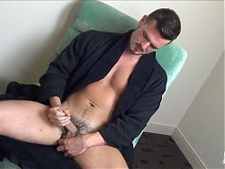 Hung cute otter blows big load on bedroom mirror